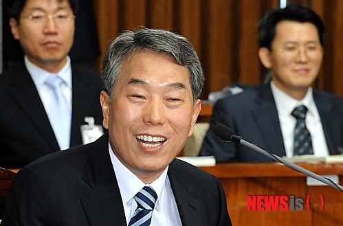 김창석 대법관.jpg