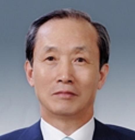 이용훈(李容勳).png